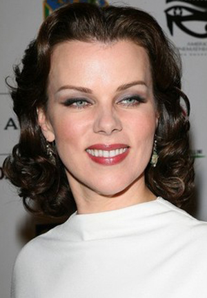 Debi Mazar