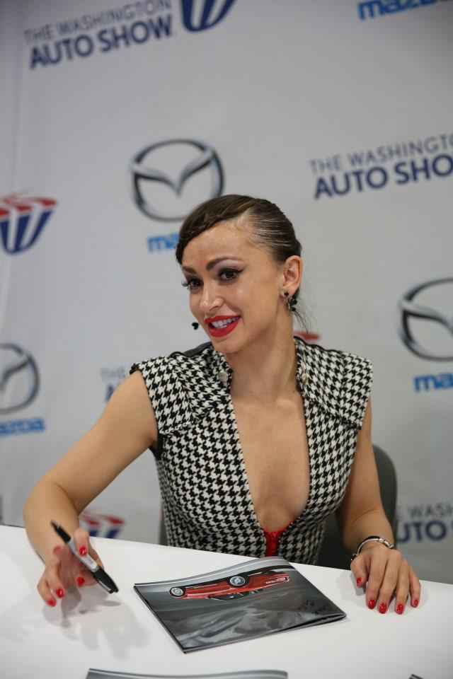 KarinaSmirnoffAutoShow