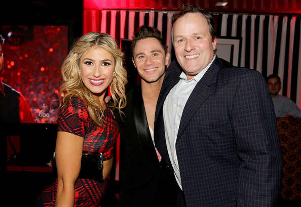 Pure Dancing with the Stars » New Photos Of Cast Celebrating